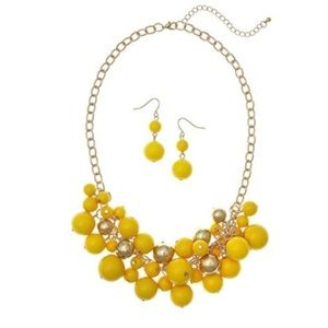 Goldtone Shaky Beaded Necklace And Drop Earrings